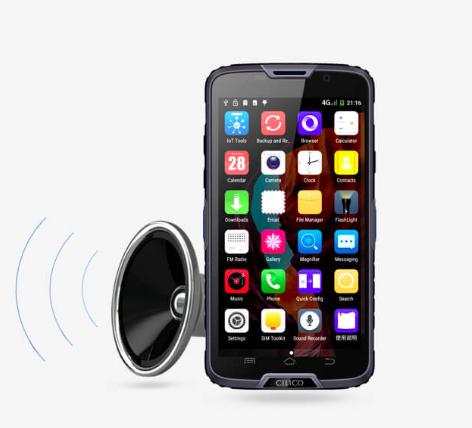 Mikrofon-reproduktor-zvuk